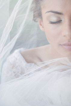 Beautiful Classic Bride Veil Overlay Wedding Photography White Silver IzzieRae_WeddingSparrow_17