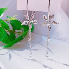 @comety_0425 Cute Earrings, Beautiful Earrings, I Love Jewelry, Fasion, Jewerly, Piercings, Diy And Crafts, Sparkle, Make It Yourself