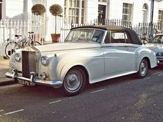 Starring: Rolls Royce Silver Cloud By Robert Knight Rolls Royse, Rolls Royce Silver Cloud, British Car, Volkswagen Group, Car Car, Luxury Cars, Lust, Trains, Knight