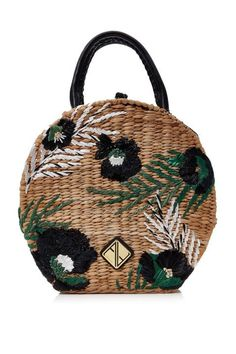 Say hello to your new favorite summer tote courtesy of Aranaz Rosario. The tropical embroidery and circular shape is perfect for dressing up casual summer outfits. My Bags, Purses And Bags, Straw Handbags, Tote Handbags, Straw Tote, Boho Bags, Basket Bag, Summer Bags, Summer Purses