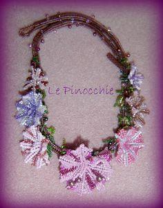 Le Pinocchie: Tripudio di fiori