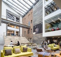 MoreySmith, one of Europe's leading workplace design practices, has completed the redevelopment of new international headquarters for Primark, the leading fashion retailer, in Dublin, Ireland.The project represents a major architectural feat...