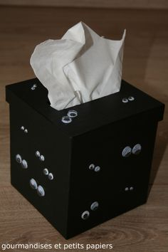 """BOITE A MOUCHOIRS """"Monstres dans la nuit"""" Tissue Boxes, Tissue Holders, Facial Tissue, Painting On Wood, Decoupage, Alice, Camping, Slipcovers, Crates"""