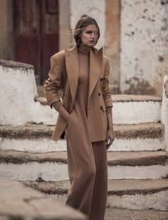 Vogue Portugal August 2017 Fernanda Liz photographed by Frederico Martins | fashion editorial fashion photography