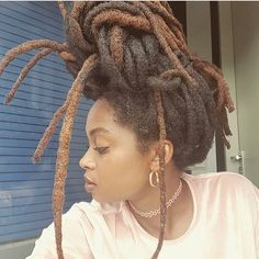 Make Your Hair Look Amazing With These Tips - All Hair Care Tips and Guide Dreadlock Styles, Dreads Styles, Dreadlock Hairstyles, Curly Hair Styles, Cool Hairstyles, Black Hairstyles, Wedding Hairstyles, Natural Hair Care, Natural Hair Styles