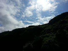 #conosciletueisole a #Vulcano Capo Grillo. Una splendida escursione tra prati, pascoli e rocce vulcaniche. Perché Vulcano non è solo un vulcano.  #trekking #aeolianislands #isoleeolie  www.nesos.org