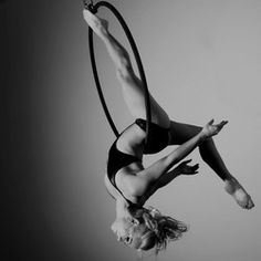 Healthy Party Girl's photo from her article on A history of Pole Dancing & Aerial Hoop – part 2
