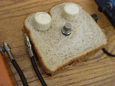 Wanna Jam? - http://www.99pedalboards.com/project/pedal-sandwich/