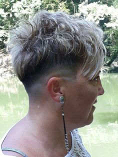 Short Blonde Pixie, Short Blonde Haircuts, Short Hairstyle, Cool Hairstyles, 50 Hair, Hair Dos, Pixie Cuts, Short Hair Cuts, Super Short Hair