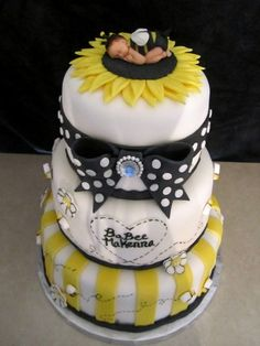 Baby Bumble Bee Shower Cake