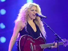 T-Mobile Launches Unlimited Global Data With Special Event Featuring Shakira In NYC's Bryant Park