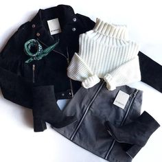Christmas Wearable For You :- AwesomeLifestyleFashion Teen Fashion Outfits, Edgy Outfits, Look Fashion, Outfits For Teens, Korean Fashion, Winter Outfits, Cute Outfits, Princess Outfits, Everyday Outfits