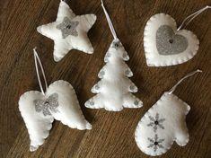 Embroidery christmas ornaments crafts 28 ideas for 2019 Christmas Crafts Sewing, Christmas Craft Projects, Felt Christmas Decorations, Christmas Ornament Crafts, Christmas Embroidery, Felt Ornaments, Christmas Diy, Handmade Christmas, Mery Chrismas