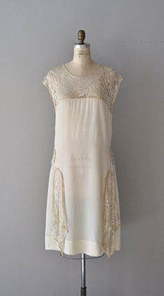 Lace and silk dress 1920's