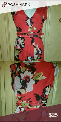 Red floral dress Super sexy and fun floral dress. Figure flattering, great for work or dinner date. Statement piece. Does have slight beading by belt area, but not noticeable. Dresses Midi