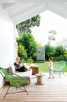 backyard-deck-Weeks-home-jan16