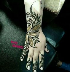here the best mehndi designs not from Pakistan, but from other Asian countries. These are combinations of modern and traditional Palm Henna Designs, Khafif Mehndi Design, Finger Henna Designs, Indian Mehndi Designs, Modern Mehndi Designs, Mehndi Design Pictures, Bridal Henna Designs, Mehndi Designs For Fingers, Beautiful Henna Designs