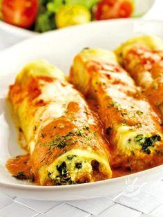 Cannelloni kale - I Cannelloni al cavolo nero e ricotta fanno venire l'acquolina in bocca solo a vederli cuocere in forno. Buonissimi e facili, da provare assolutamente! #cannellonialcavolonero