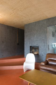 Nice combination of colors and materials in the home of Doorzon Interieur Architecten seen on  | www.coffeeklatch.be