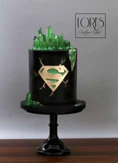 Superman Kryptonite Cake - Cake by Lori Mahoney (Lori Custom Cakes) - Cake ., The Effective Pictures We Offer You About Cake Design drawing A quality picture Bolo Geode, Geode Cake, Fancy Cakes, Cute Cakes, Yummy Cakes, Cake Design For Men, Superman Cakes, Superman Birthday, Superhero Cake