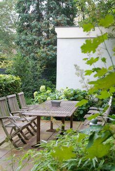 Van Raaijen Hoveniers Almere - traditionele tuin  - ontwerp: Buro Robert Broekema - foto:  Maayke de Ridder