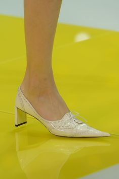 Louis Vuitton Spring 2013 Ready-to-Wear Collection - Vogue