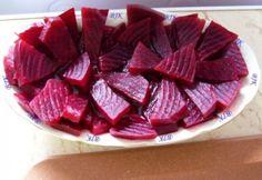 Cékla ecetesen Bjkata konyhájából | NOSALTY Strawberry, Pudding, Fruit, Desserts, Food, Tailgate Desserts, Deserts, Custard Pudding, Essen