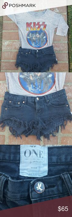 Black Jean Shorts by One by One teaspoon Really super cute shorts . They look so good on . I love  it paired with a my Kiss teeshirt any concert shirt will look cute or a white tank and flip flops . Get ready Spring and Summer is just around the corner or shorts always great when you are taking a break from winter on an Island vacation ... One Teaspoon Shorts Jean Shorts