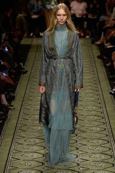 Burberry See-Now-Buy-Now-Kollektion, London Fashion Week, Herbst/Winter-Mode Fashion Week, Fashion 2017, Runway Fashion, Spring Fashion, High Fashion, Fashion Show, London Fashion, Fashion Ideas, Layering Trends