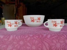 1950's Tom and Jerry cups and bowl set