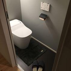 Bathroom/新築/ブラック/Panasonic/グレー/新築一戸建て...などのインテリア実例 - 2017-01-27 10:35:28 Japanese Modern, Japanese House, White Kitchen Interior, Modern Toilet, Toilet Design, Washroom, Ideal Home, Powder Room, Home Interior Design