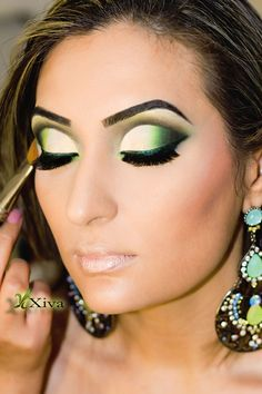 Cut crease ensinada em curso do LE GRAIN - BELO HORIZONTE - MG KRIS XIVA