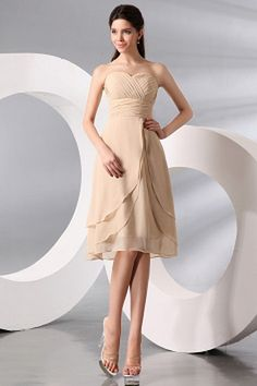 Romantic Sweetheart A-Line Bridesmaids Dress wr2725 - http://www.weddingrobe.co.uk/romantic-sweetheart-a-line-bridesmaids-dress-wr2725.html - NECKLINE: Sweetheart. FABRIC: Chiffon. SLEEVE: Sleeveless. COLOR: Champagne. SILHOUETTE: A-Line. - 90.59