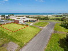 Real Estate For Sale - 2 Cartwright Street - Apollo Bay, VIC #apollobayrealestate #greatoceanproperties #apollobay #realestate #greatoceanroad #greatoceanlifestyles