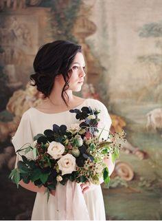Opulent bridal bouquet | Fresco backdrop | Natural style for brides |  Fine Art Destination wedding Photographer Madalina Sheldon