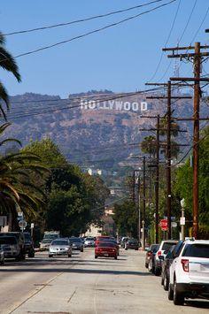 En tu viaje por #LosAngeles, no dejes de conocer el sitio en donde las más grandes estrellas del cine viven. ¡Recorre #Hollywood!