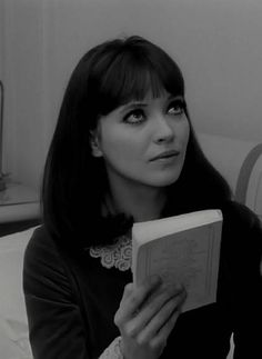 Anna Karina, French New Wave, Old Hollywood Stars, Beautiful Actresses, Hair Inspo, Short Film, Face And Body, Hair Trends, Bangs