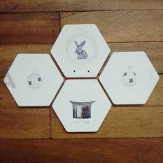 """"""" Explicación de proceso mágico sencillo """" set de 4 posa vasos pieza única #Himallineishon #illustration #coasters #homedecor #bunny"""