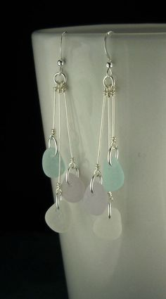 How To Make A Perfect Simple LoopFree Diy Jewelry Projects Beach Jewelry, Sea Glass Jewelry, Gold Jewelry, Glass Earrings, Beaded Earrings, Hoop Earrings, Diy Earrings Dangle, Wire Jewelry Earrings, Jewelry Holder