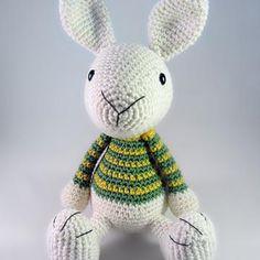 Benny the Bunny amigurumi pattern by Pii_Chii
