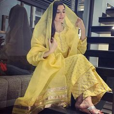 Printed Kurti, Indian Bollywood, Indian Ethnic, Pakistani Dresses, Pakistani Designer Suits, The Dress, Cotton Dresses, Lace Dresses, Formal Dresses