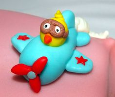 Birthday cake detail: a little chic aviator. All edible made by me out of fondant.