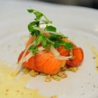 The key to a simple, healthy and flavoursome meal, Regal Salmon has a wealth of different fresh and smoked salmon recipes to suit any occasion, taste, or level of cooking expertise. Salmon Recipes, Vinaigrette, Thai Red Curry, Olive Green, Healthy Recipes, Ethnic Recipes, Food, Essen, Healthy Eating Recipes