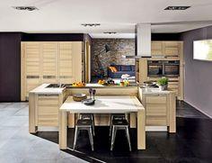 cuisine avec ilot central et grande table à manger | work/project