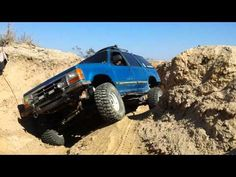 Maniak getting twisted at Truck Haven - YouTube