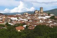 El Valle del Ambroz es una comarca, enclavada al norte de la provincia de Cáceres y al sur del Sistema Central. Limita con las comarcas de Las Hurdes y Tierras de Granadilla al oeste, el Valle del Jerte al este, Plasencia al sur, así como la provincia de Salamanca al norte (Sierra de Béjar).
