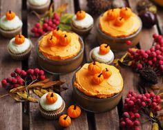 REB'S KITCHEN: pumpkin cupcakes & mini cakes | fresshion