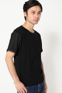 LAMONDCool Kanoco Tee  LAMONDCool Kanoco Tee 8640 前身頃は風合いのよいカノコ素材を使用したラモンドのクルーネックTシャツ 後身頃と袖はシャツ素材で作られており表地のカノコと切り替えになっています 半袖のシャツとTシャツの中間的な感じのアイテムで無地ながら1枚で差のつくアイテムです LAMONDラモンド 2010年よりスタートしたLAMOND ブランド名の由来はLAKE(湖)に浮かぶMOND(月)の造語からきています トラッドスポーツスクールミリタリーワーク等各ジャンルのビンテージや古着をルーツに 現代の空気感を上質なカジュアルウェアとして表現し素材やデザインにこだわったモノつくりをしています モデルサイズ:身長:182cm バスト:91cm ウェスト:72cm ヒップ:91cm 着用サイズ:38