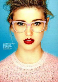 Prescription glasses frames for men and women by MYKITA®. Cool Glasses, New Glasses, Girls With Glasses, Cheap Ray Ban Sunglasses, Sunglasses Women, Pink Glasses Frames, Prescription Glasses Frames, Wearing Glasses, Womens Glasses