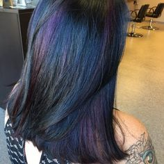 Oil slick hair - I like how colors are blended along the length, not just stripes all the way from root to tip Hair Lights, Light Hair, Hair Dye Colors, Cool Hair Color, Bad Hair, Hair Day, Locks, Oil Slick Hair, Long To Short Hair
